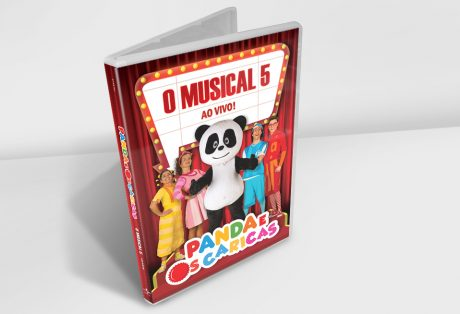 """Panda e Os Caricas """"O Musical 5"""" ao vivo – CD e DVD"""